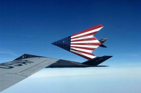 800px-American_Flag_F-117_Nighthawks